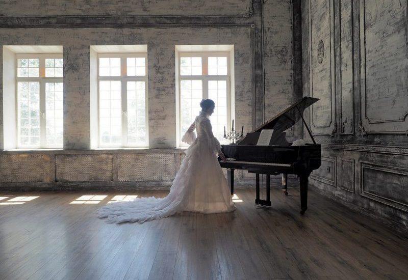 студия с роялем